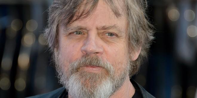 Diretor de Star Wars: O Despertar da Força fala sobre ausência de Luke Skywalker em trailer