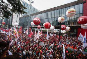 Com greve, 99 facilita transporte dos brasileiros; entenda